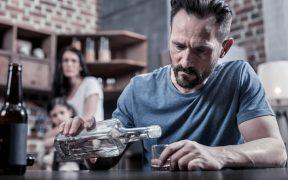 Model Minnesota w leczeniu alkoholizmu - na czym polega i czy jest skuteczny